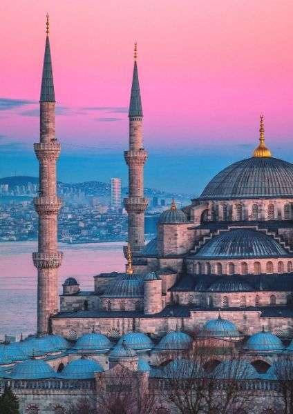 Istanbul in 3 giorni. Cosa vedere e cosa mangiare nella eclettica città turca