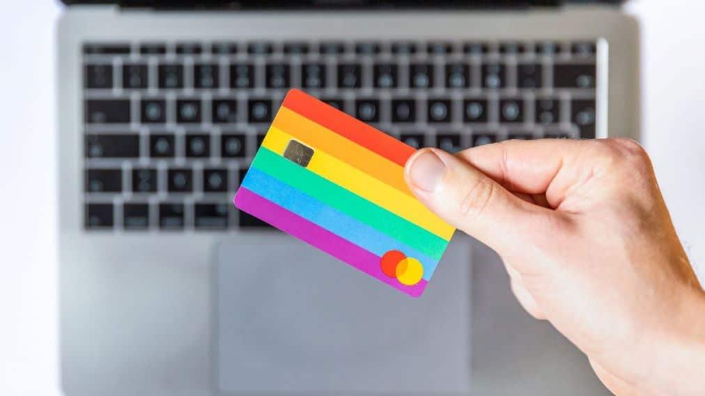 migliori carte di credito per viaggiare all'esterno. confrontare