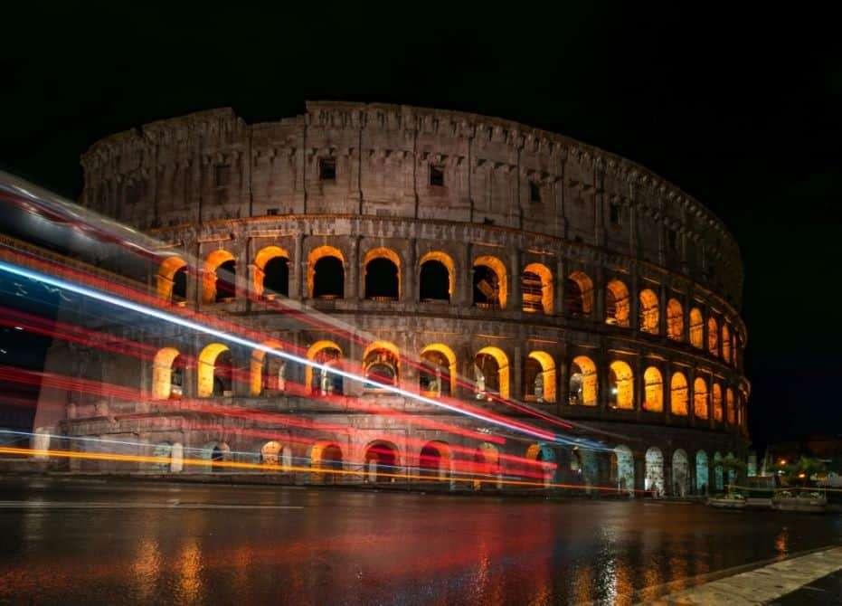 Giornata a roma la sera. organizzare giornate di viaggio