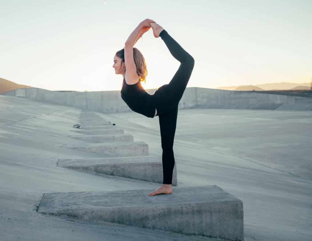 salute in viaggi. fare stretching