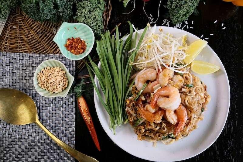 piatto-pad-thai-street food