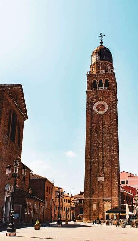 Cosa fare e cosa vedere a Chioggia: foto del campanile annesso alla cattedrale
