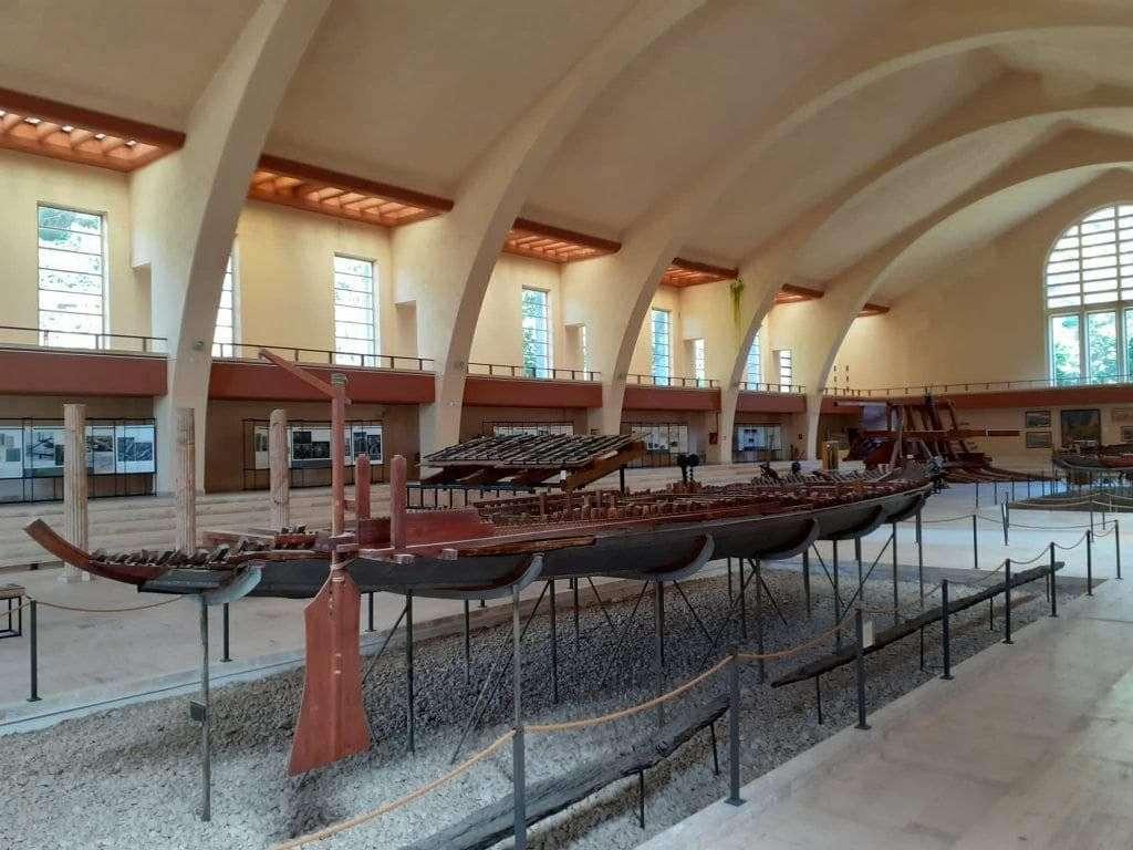 Modellino di Nave romana in un museo