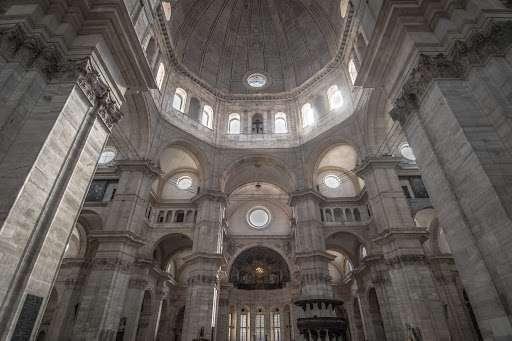 Cosa fare e cosa vedere a Pavia: il Duomo ad opera del Bramante e Amadeo